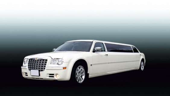 Прокат, аренда лимузина Chrysler 300C Limo в Астане